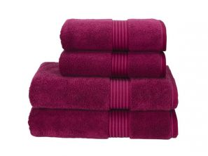 Christy Supreme Hygro Bath Towel - Raspberry