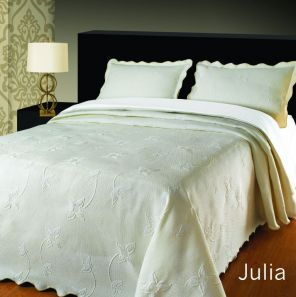 Elainer Julia Bedspread Cream Double